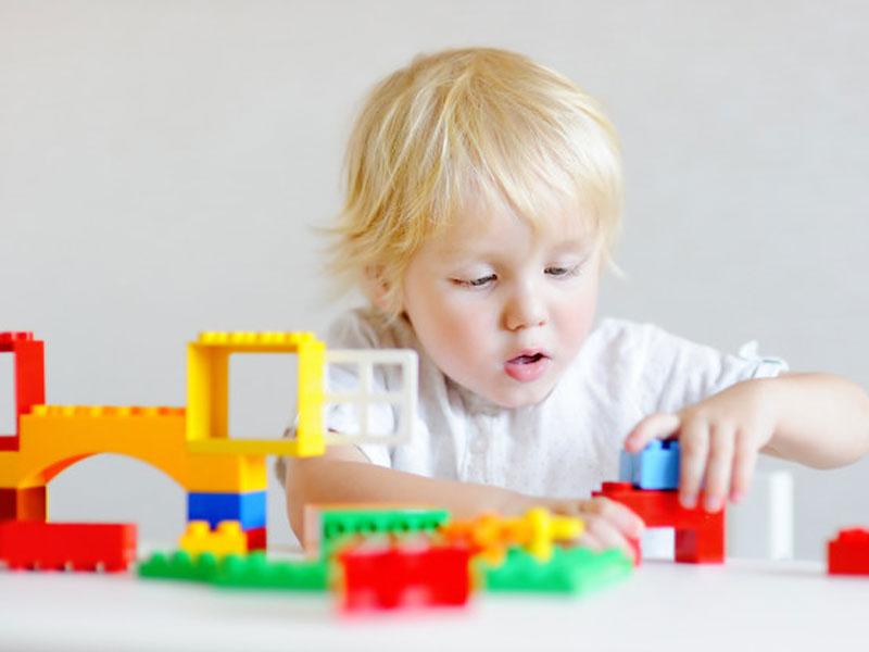 لگو باعث هماهنگی حرکت بین چشم و دست ها در کودکان می شود