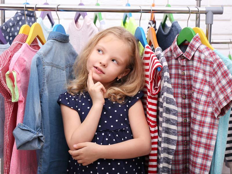 انتخاب لباس کودکانه