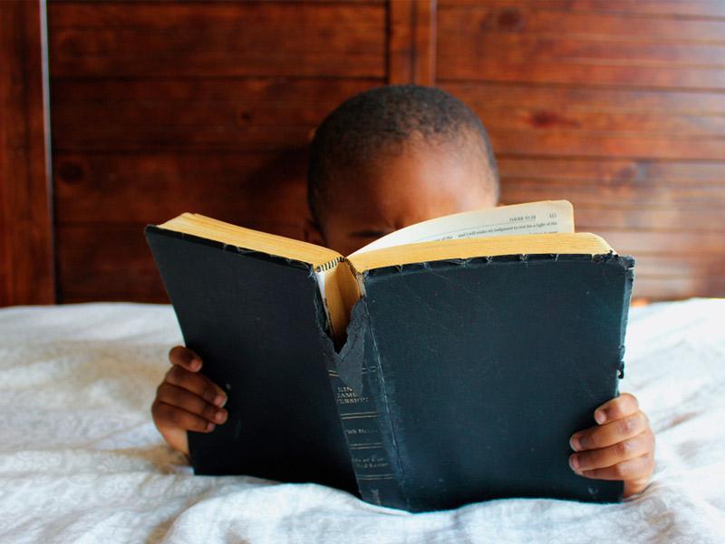 کودک و مطالعه کتاب