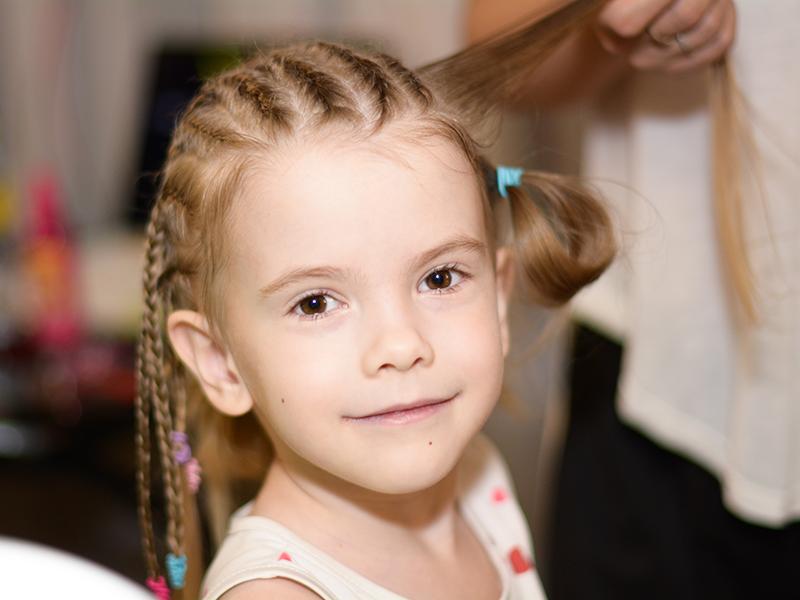 کوتاه کردن موی بچهها در خانه