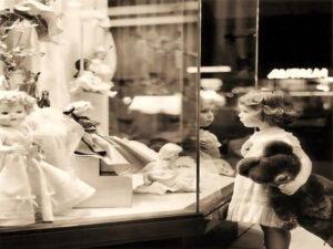 داستان بزرگترین و اولین اسباببازی فروشی دنیا