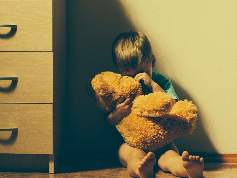 کودک منزوی