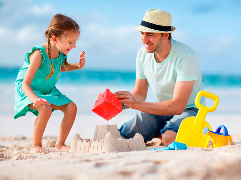 شن بازی پدر و دختر