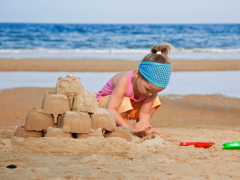 شن بازی خلاقانه کودک
