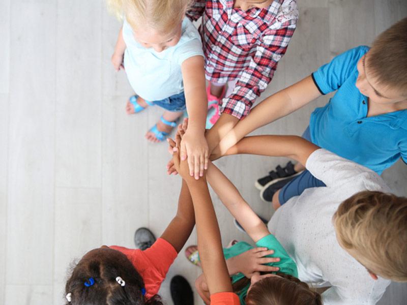 همکاری بچهها