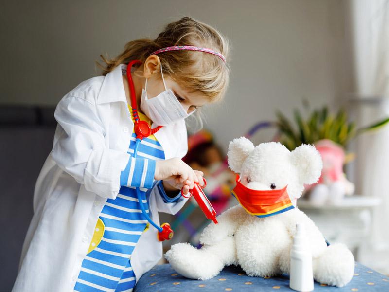 دختربچه پرستار