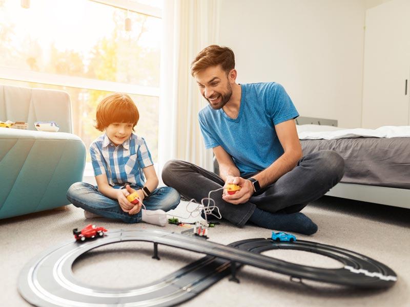 ماشین بازی پدر و پسر