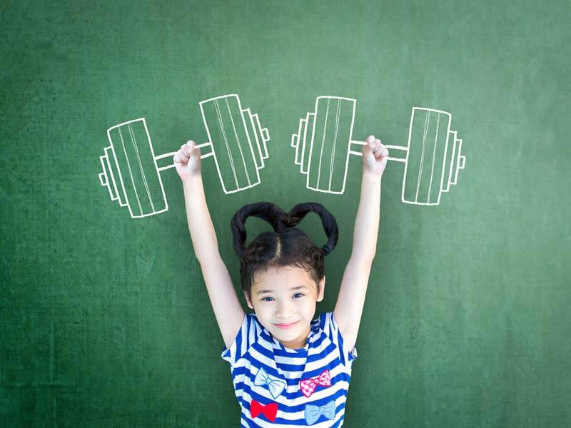 دختر در فکر ورزش کردن
