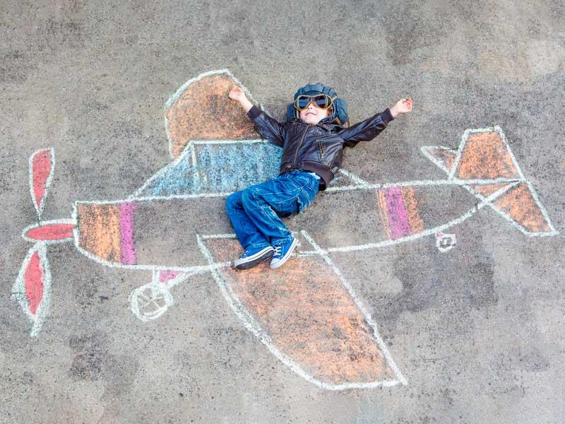 نقاشی هواپیما با گچ