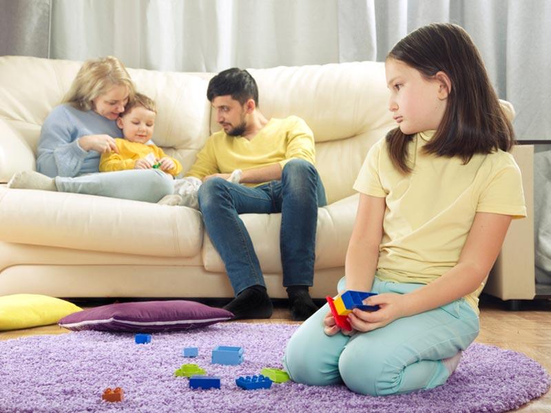 حسادت کودکان به یکدیگر