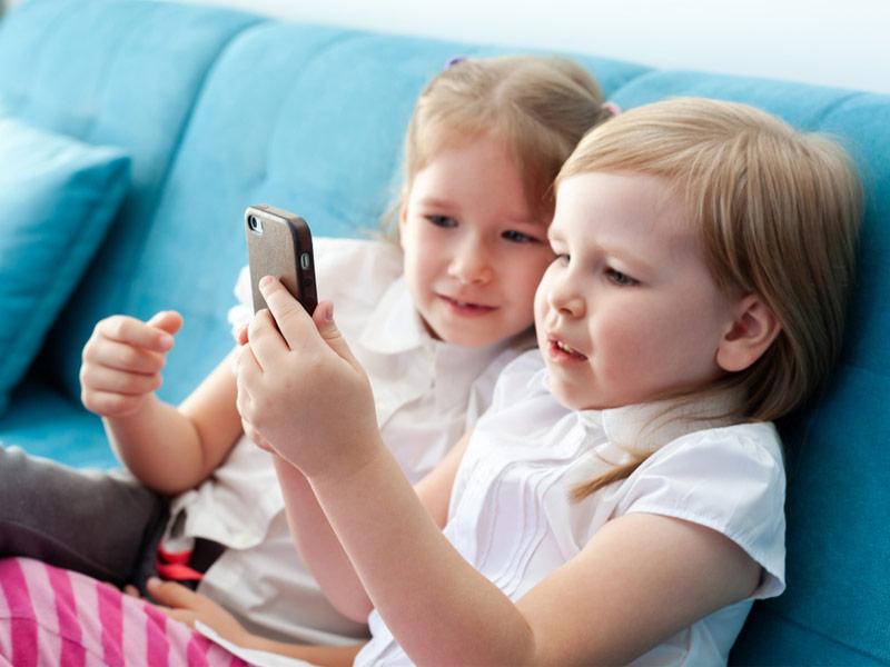 موبایل بازی بچهها