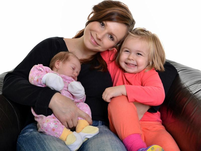 رفتار صحیح مادر با فرزندانش
