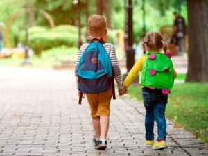 چگونه کودک را برای رفتن به مهدکودک آماده کنیم؟