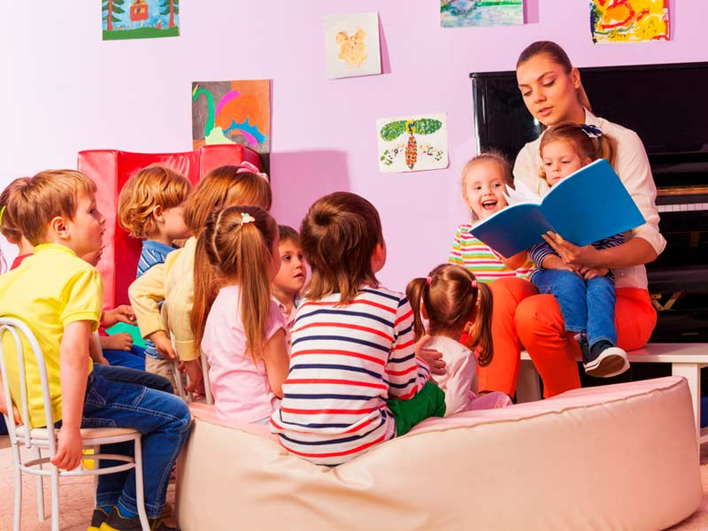 بچهها در مهدکودک