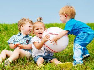 چگونه با کودک لوس رفتار کنیم؟ +خصوصیات کودک لوس و ننر