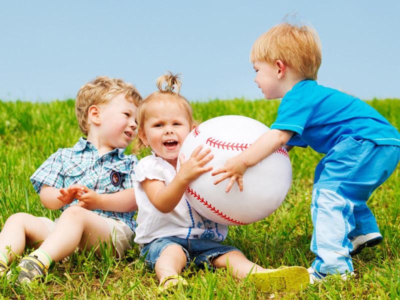 خصوصیات کودک لوس و ننر