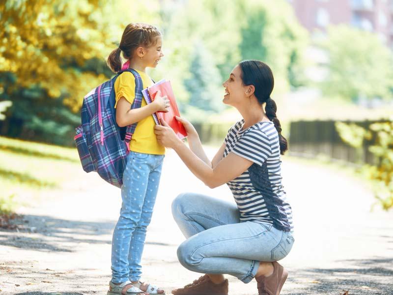 گفتگو مادر با دختربچه